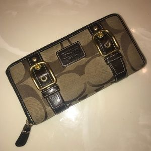 Classic Coach wallet